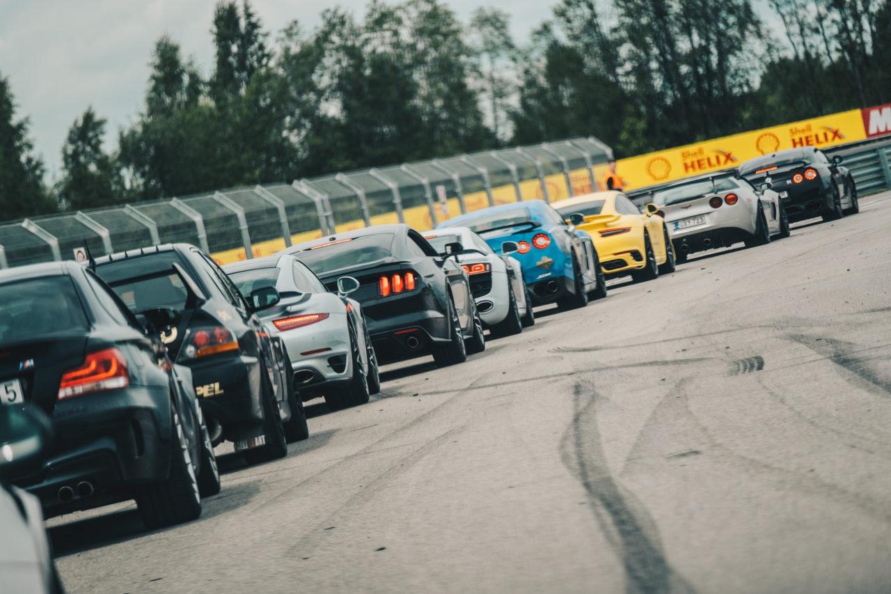 IN ESTONIAN: Honour Club Estonia 2017 tõi Pärnusse kiired superautod